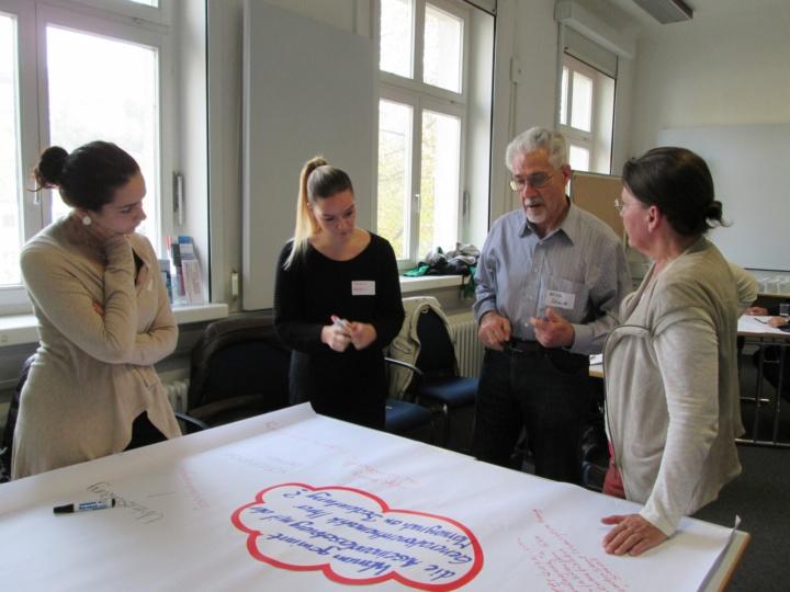 Intergenerationelles Lernen an der Uni Stuttgart